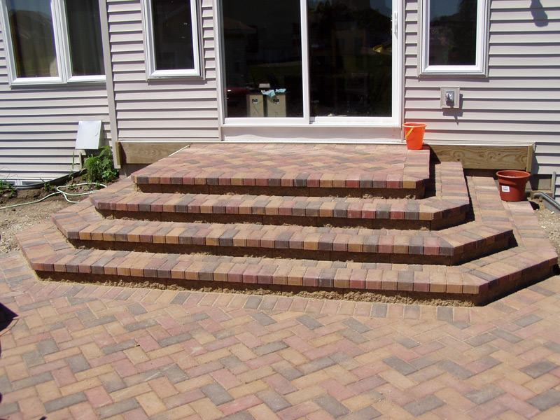 Custom exterior step systems minnesota outdoor solutions for Exterior stone stairs design