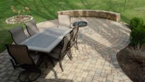 Inset Fire Pit Patio with a Free Standing Wall