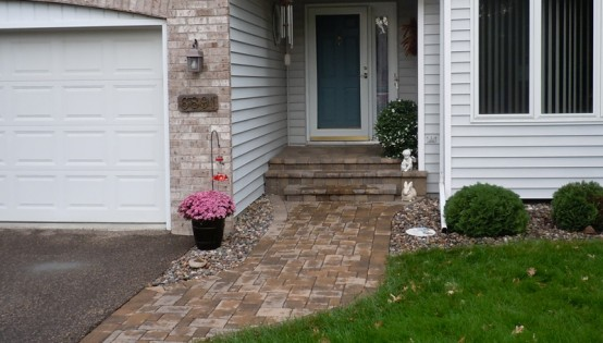paver sidewalk and front entry veneer in Eden Prairie