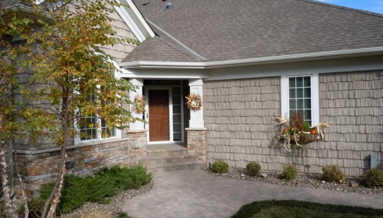 Willow Creek Lakeshore blend walk and patio in Minnetonka