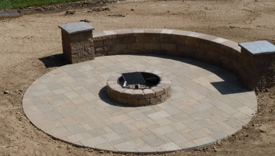 Willow Creek Slaton Pavers and firepit