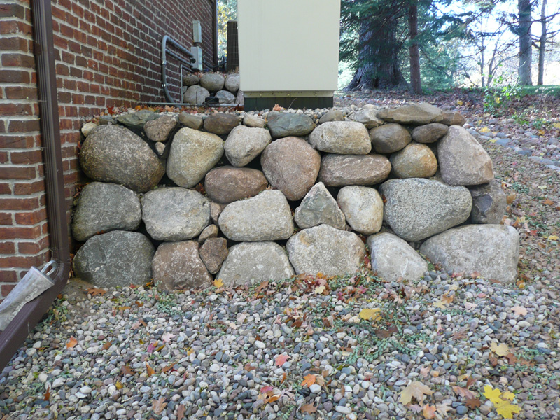 Glacial Boulder Support Wall In Edina Kasota Stone